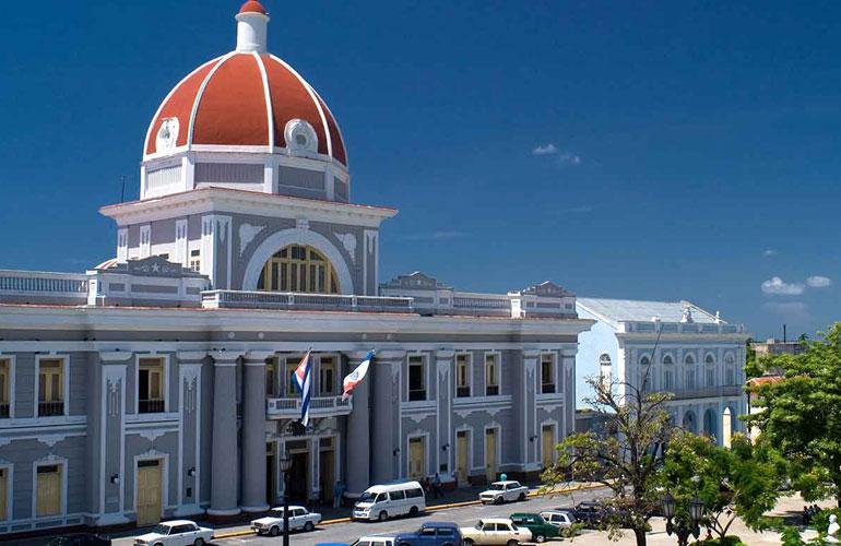 CUBA, MAR, NATURALEZA E HISTORIA